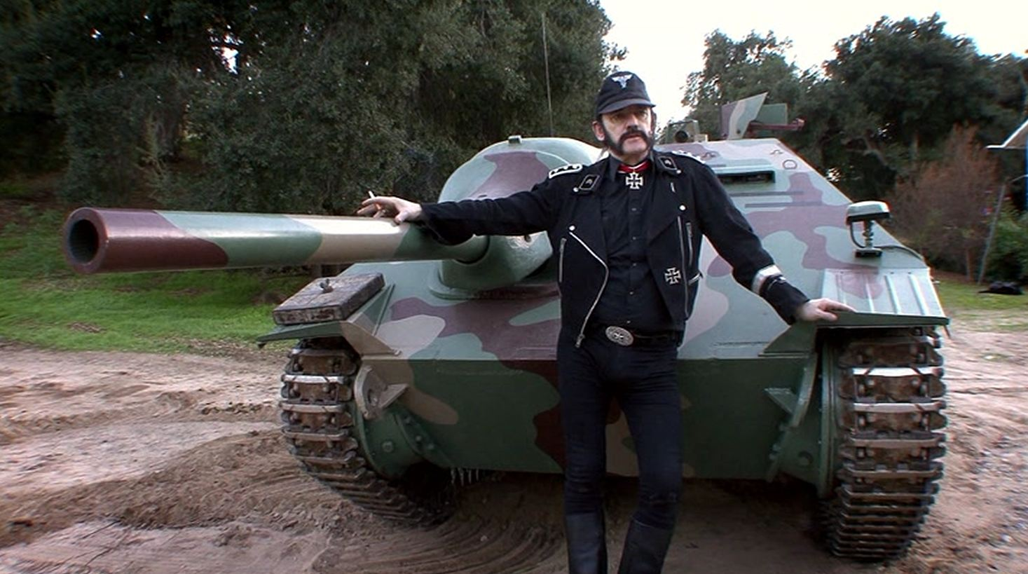 Lemmy tank commander